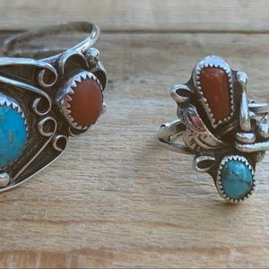 Beautiful Ring/Sterling Silver turq. & coral ring